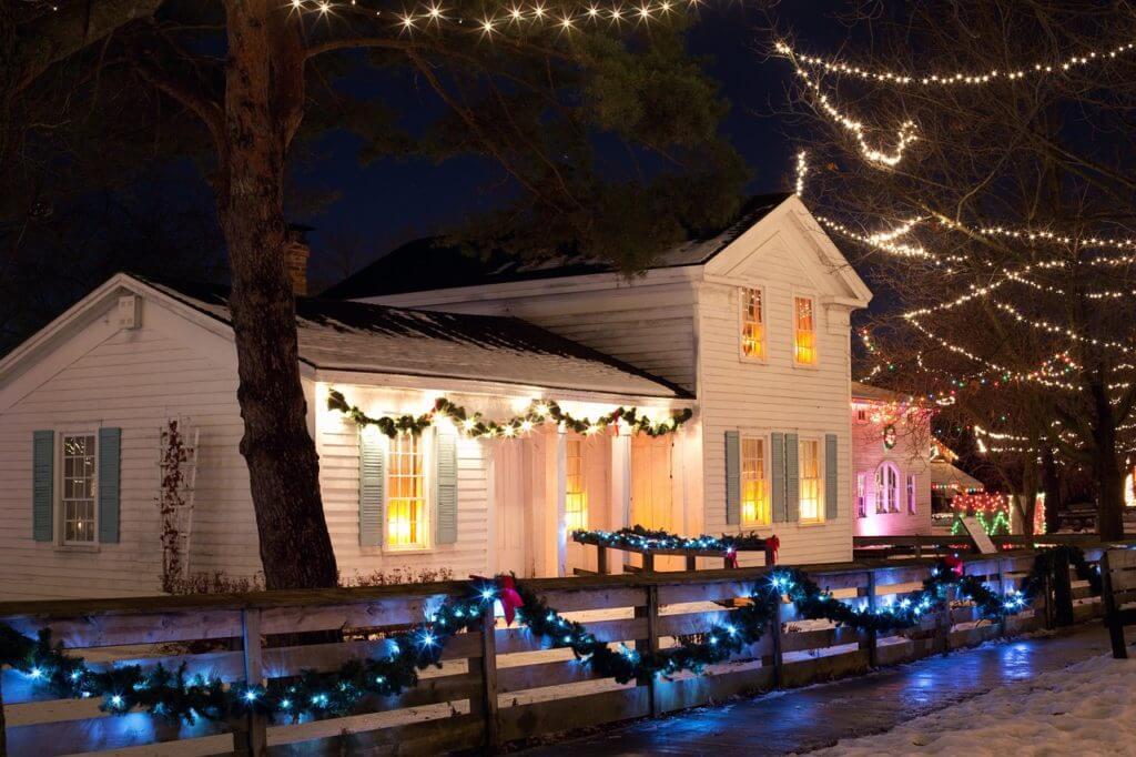 christmas lights, exterior lights, bulbs