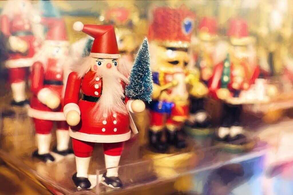 christmas decorations, nutcrackers, christmas, save money