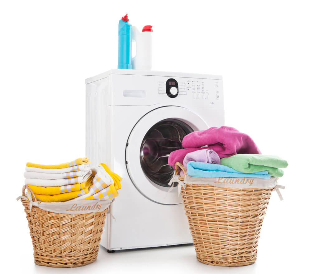 saving money on laundry by washing full loads